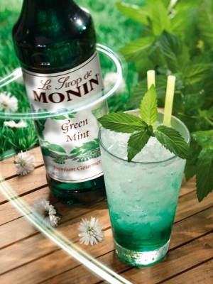 Green Mint Syrup - Monin - French - 25.4 oz (750 ml)