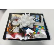 Sweet gift basket (8 Items)