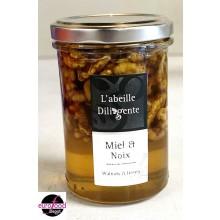 Acacia honey w/ walnuts from Abeille Diligente